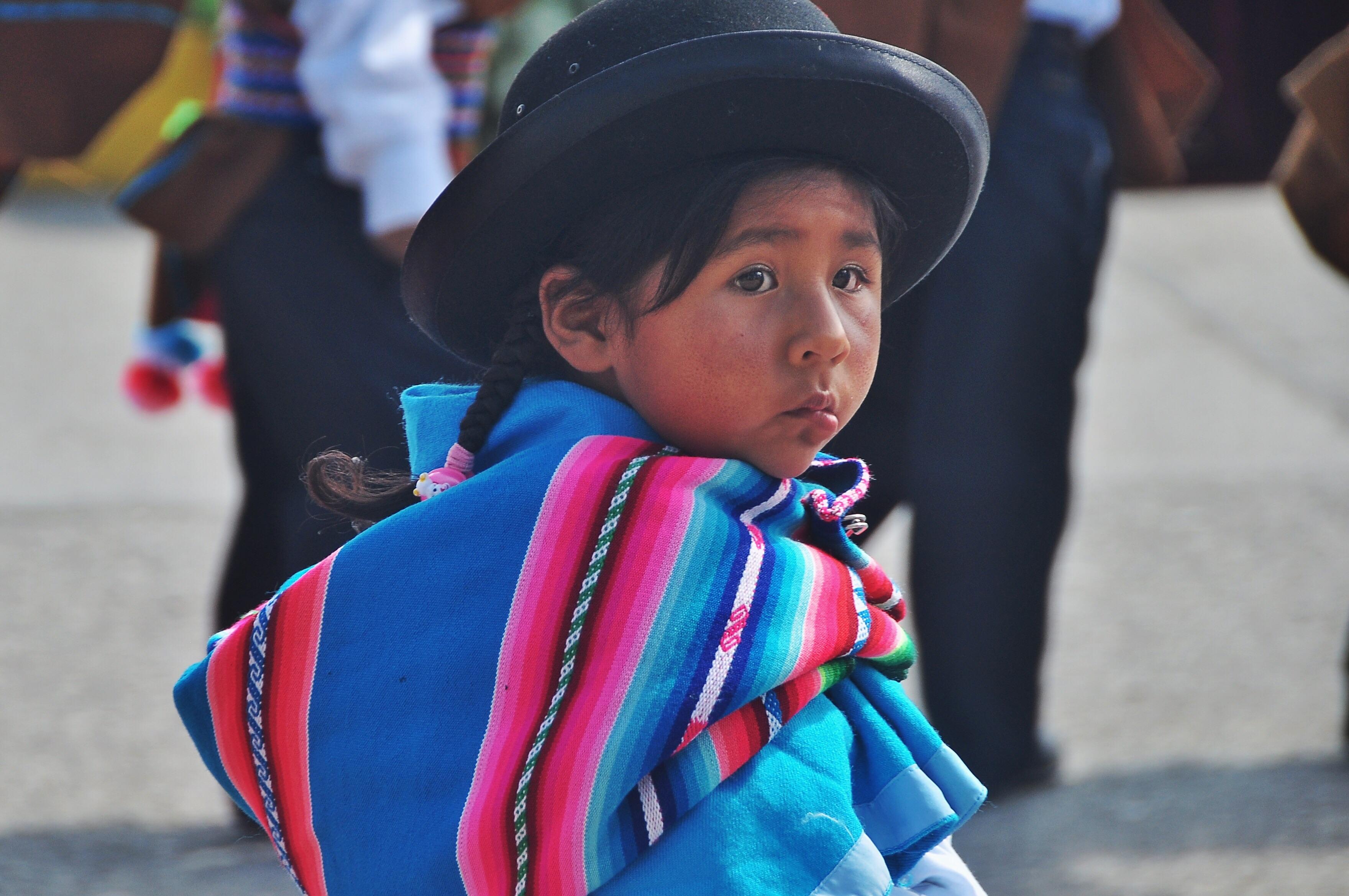 Peru women showing skin right! good