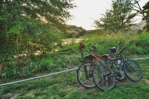 Our first camping spot - right at the mouth of the Deschutes river - the night before we headed out cycling.